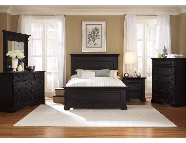 Modern black and white bedroom ideas for Master bedroom sets