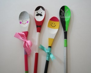 DIY spoon puppets for kids