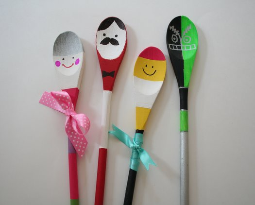 Diy easy fun crafts for kids at home for Wooden spoons for crafts