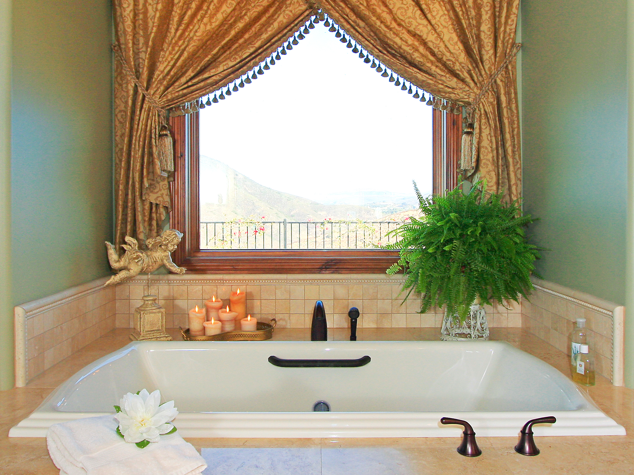 Modern bathroom window curtains ideas for How to decorate a garden tub bathroom