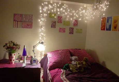 Simple Ways To Decorate Your Room For Christmas
