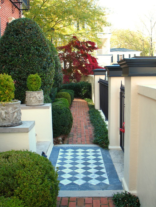 Small front garden ideas and arrangments for Garden design ideas photos for small gardens