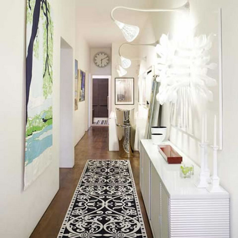 Five small hallway ideas for home for Pictures for hallway walls