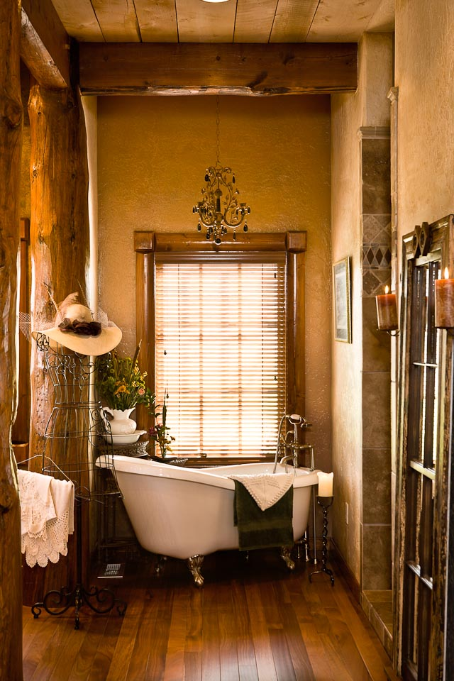 Western bathroom decor ideas - Small country bathroom designs ...