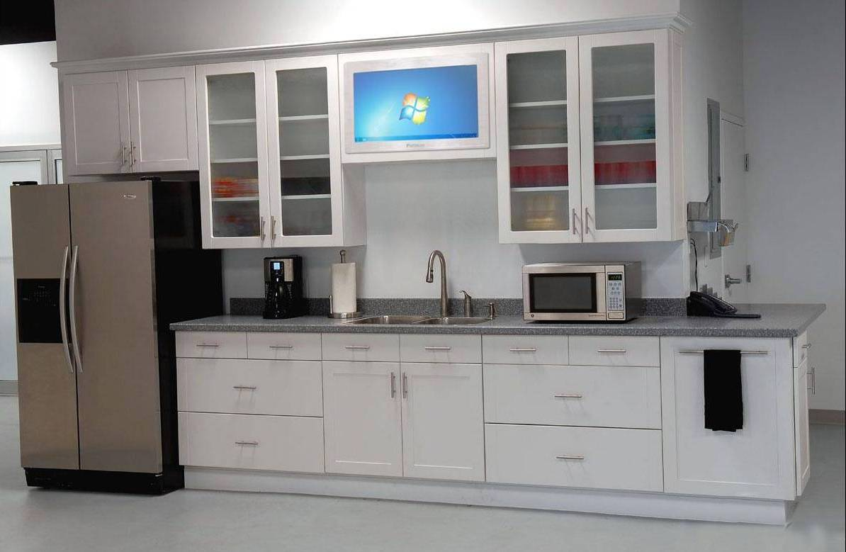 Kitchens with white cabinets for Cupboard cabinet designs