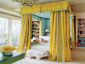 Classic bed canopy styles