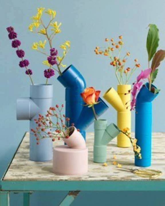 Diy pvc pipe crafts projects to recycle pvc pipes for Pipe decorating ideas