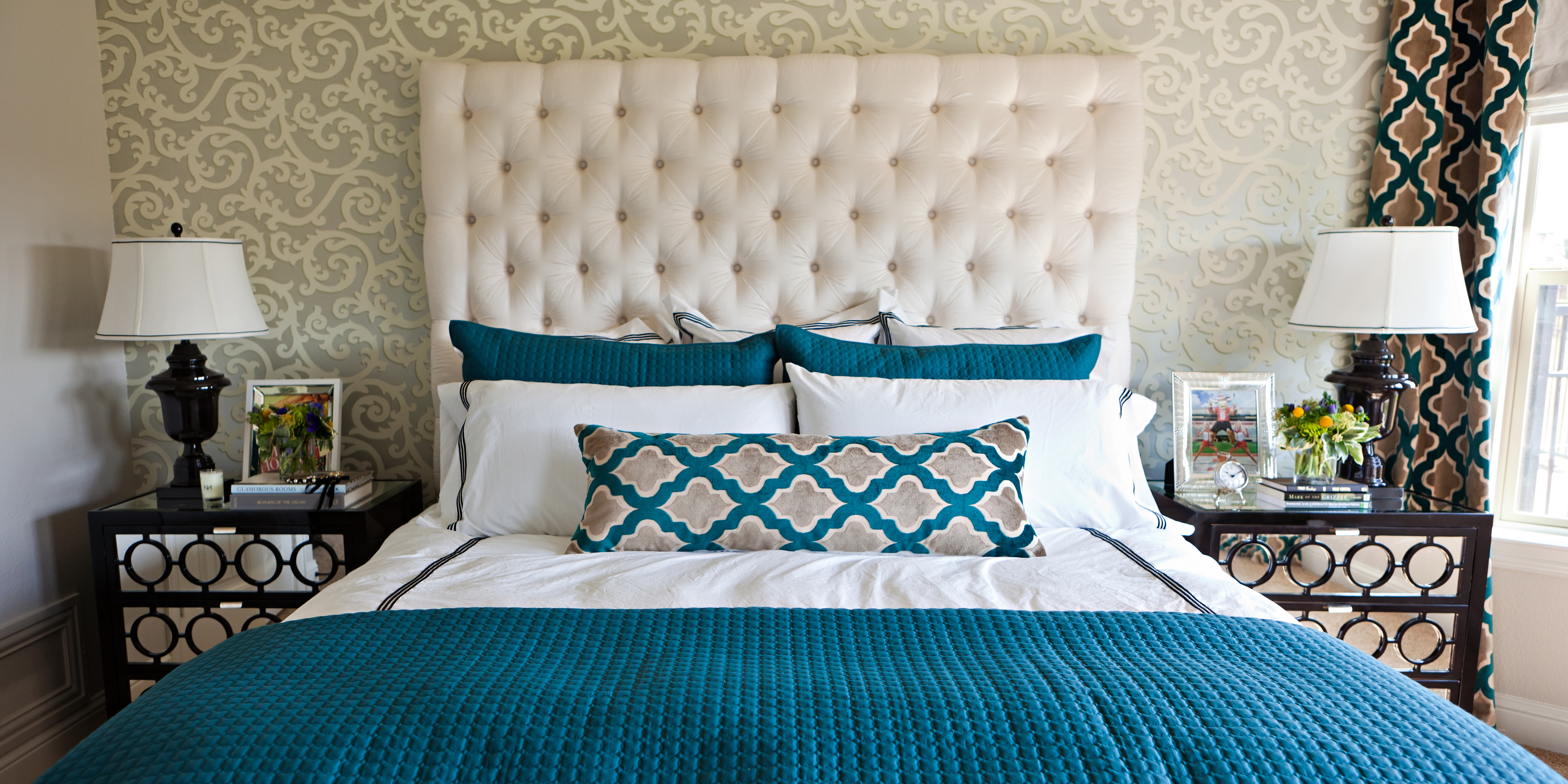 Cool Teal Home Decor For Spring And Summer