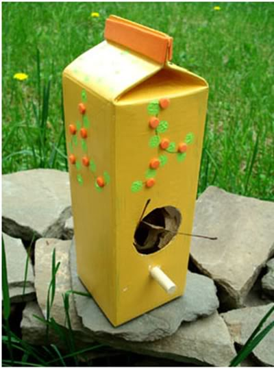 Diy bird feeders projects to do with kids for How to make homemade bird houses