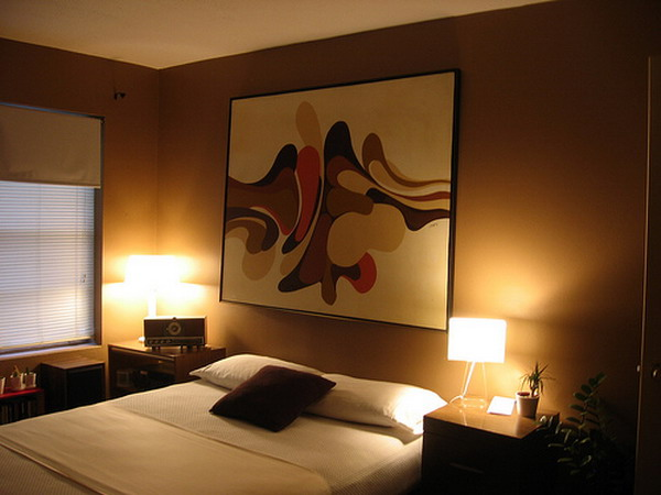 Modern small bedroom decorating tips for Bedroom lights decor