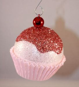 20 diy christmas decorations and crafts ideas for Cheap christmas ornaments