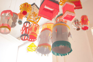 how to make a round paper lantern with wire