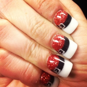Easy holiday nail art ideas