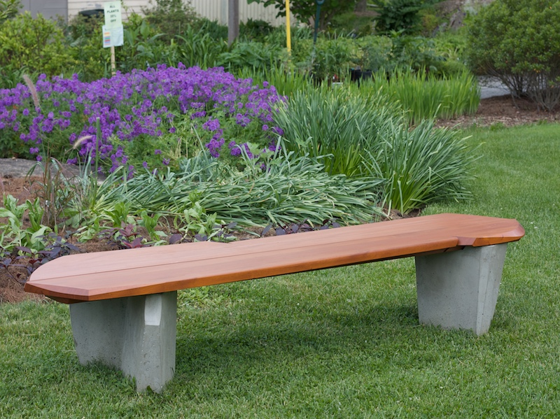 8 DIY Outdoor Bench For Garden And Patio To Make