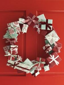 DIY Modern Christmas wreaths