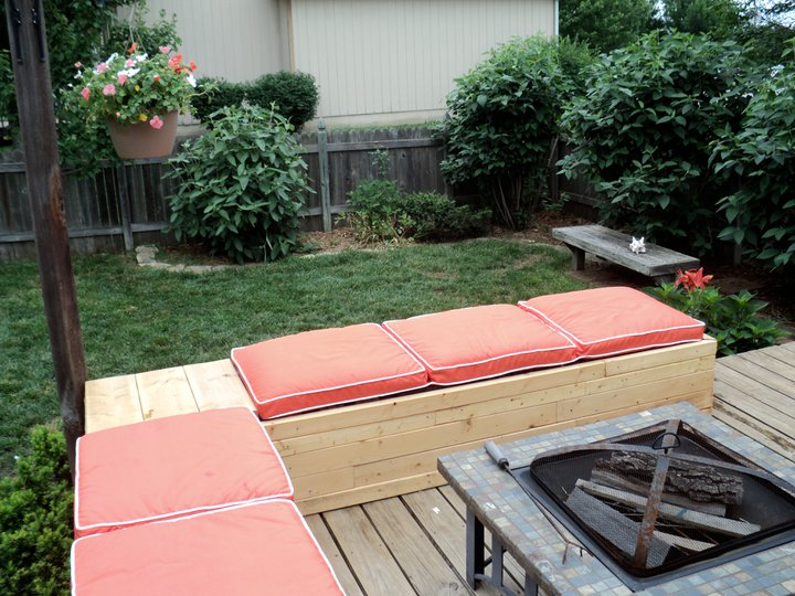 Pictures Of Backyard Patio Furniture : DIY Patio Furniture With Concrete