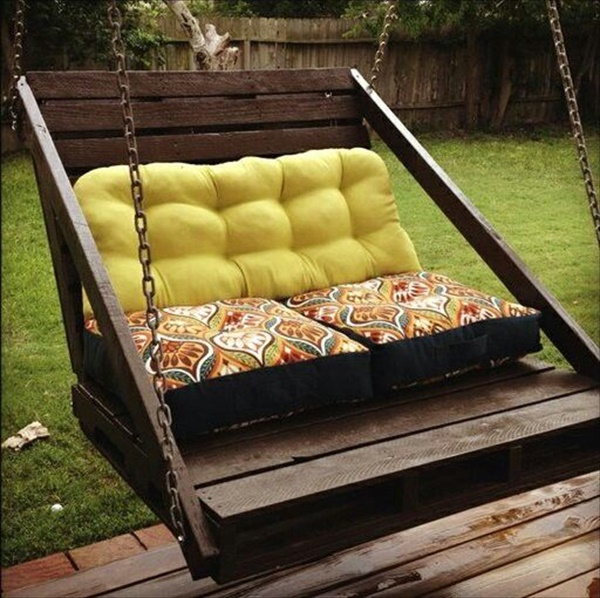 Modern DIY Patio Furniture Ideas : DIY patio furniture with wood pallets from diyhomedecorguide.com size 600 x 598 jpeg 148kB