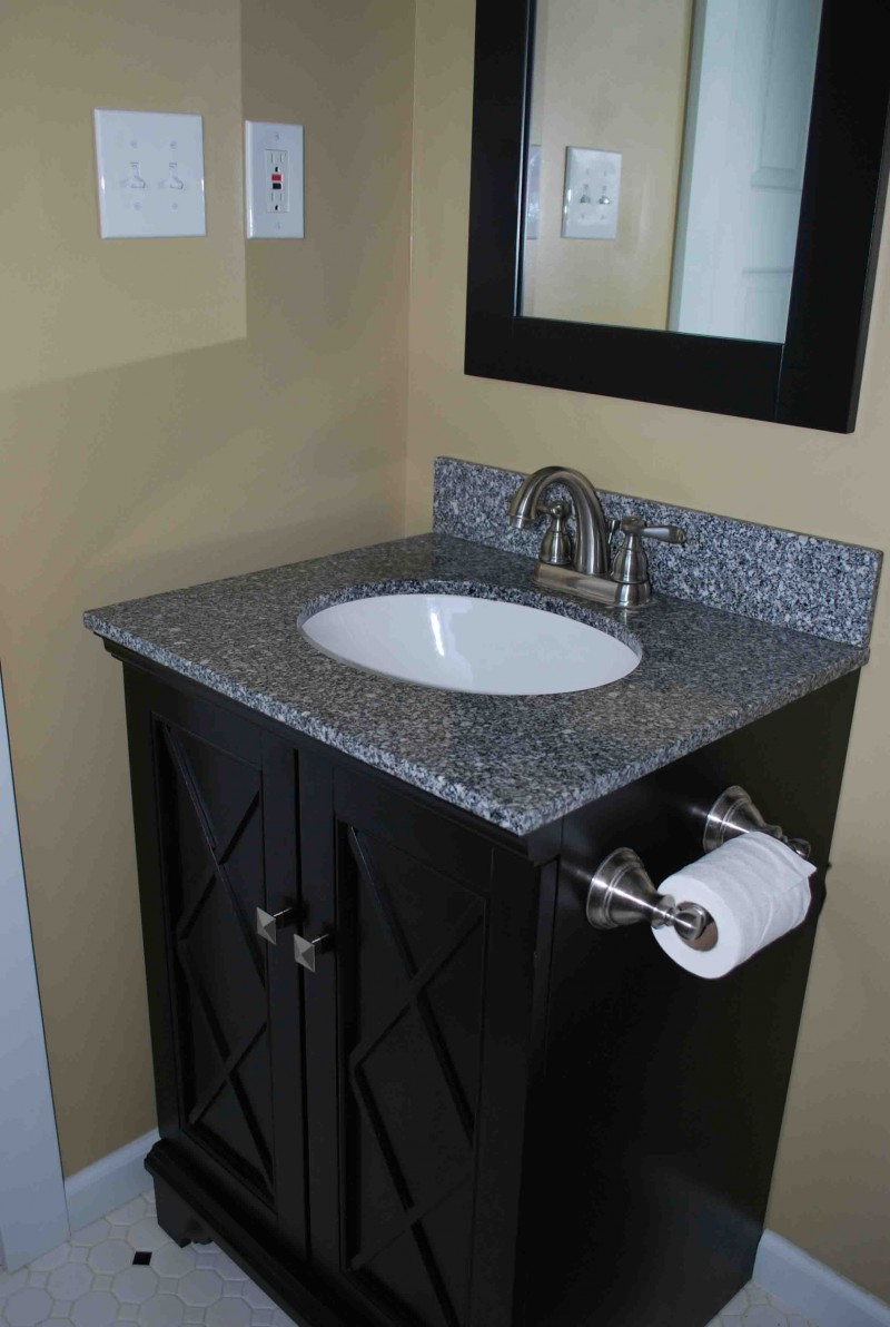 Diy bathroom vanity ideas for bathroom remodeling for Can you use kitchen cabinets in bathrooms