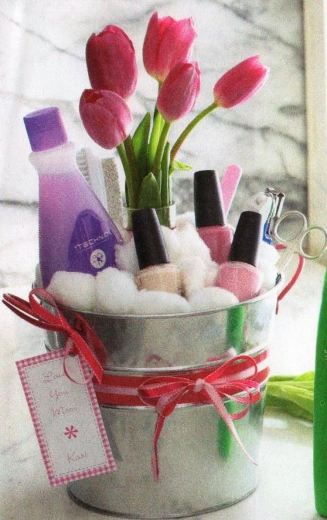 Handmade Gift Basket Ideas : Diy mothers day gift baskets to make at home