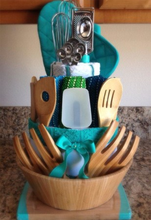 Home warming gift baskets ideas