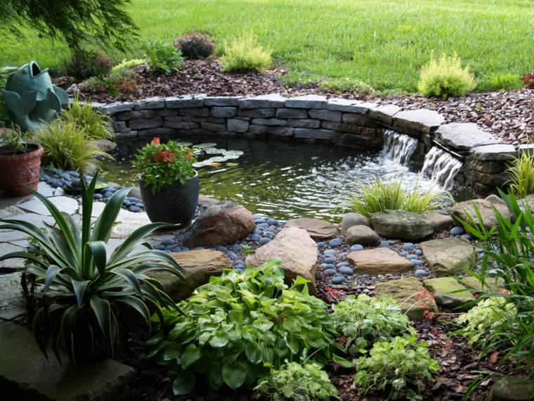 Diy easy landscaping ideas with low budget Small backyard waterfalls and ponds
