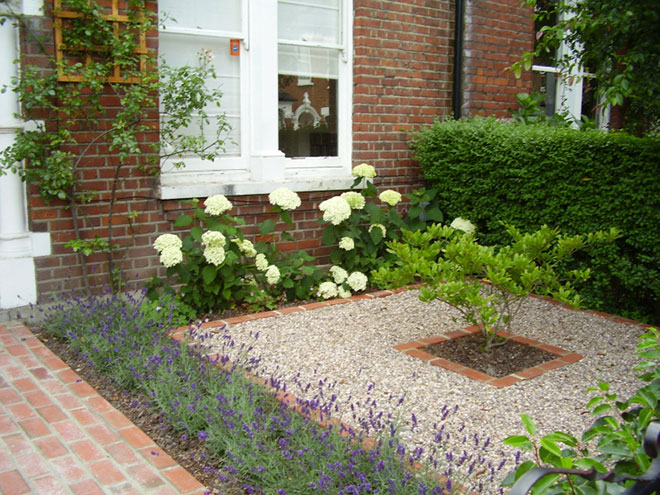 Diy easy landscaping ideas with low budget for Small front garden landscaping