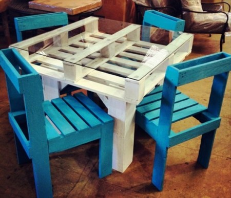 Handmade outdoor table ideas