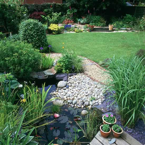 Diy easy landscaping ideas with low budget for Pond yard design