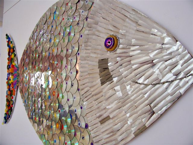 Diy recycled art projects for home decor - Recycled can art projects ...