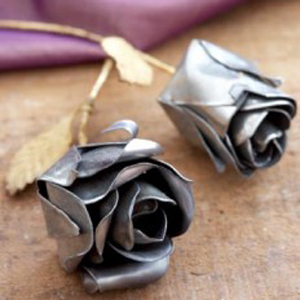 DIY recycled metal crafts