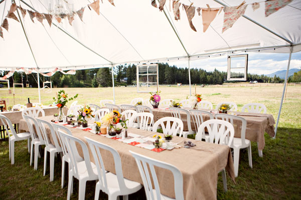 Diy vintage wedding ideas for summer and spring for Outdoor party tent decorating ideas