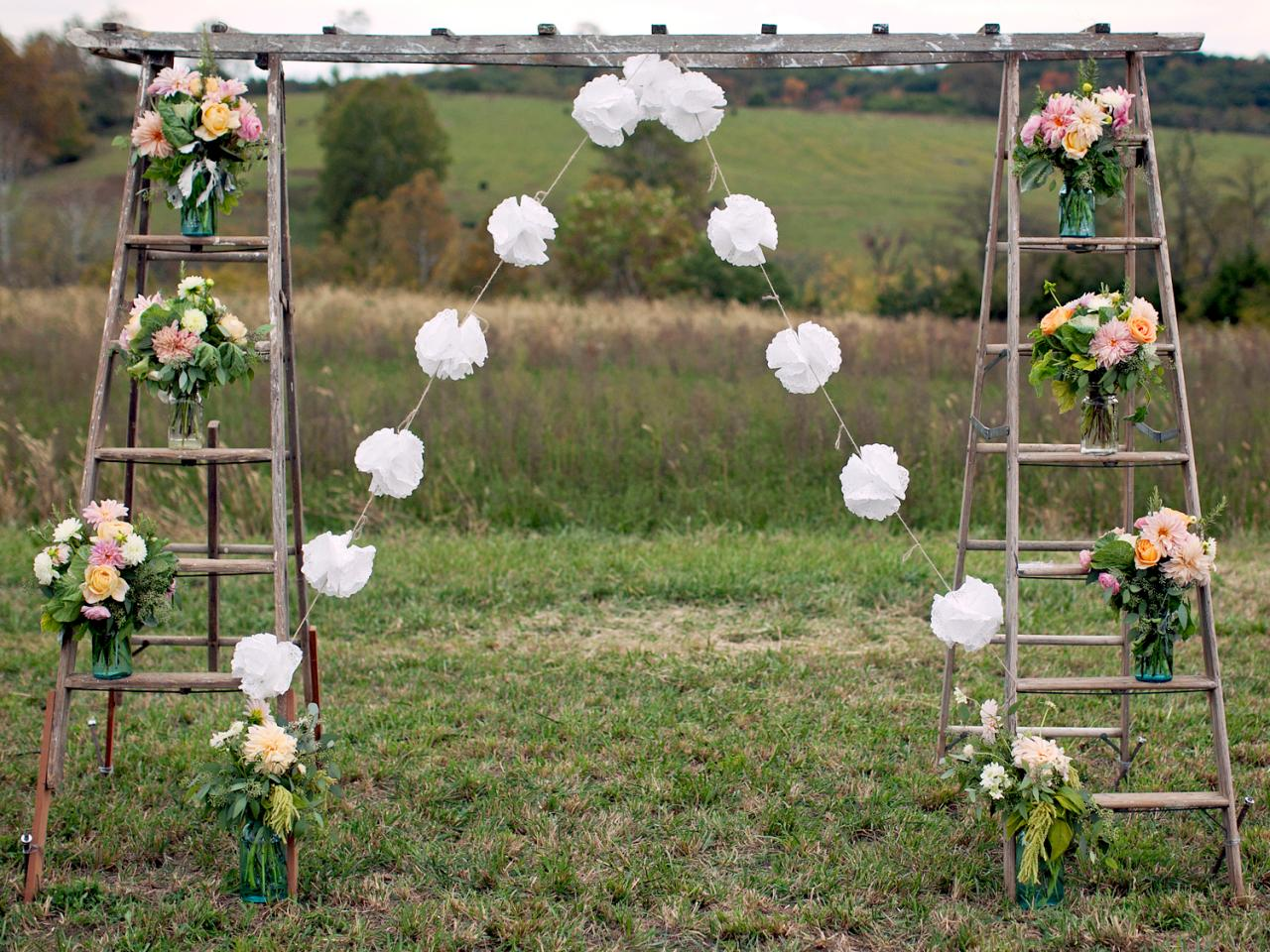 DIY Vintage Wedding Entrance Ideas