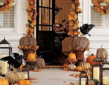 Halloween Decorating Ideas for Entrance of House