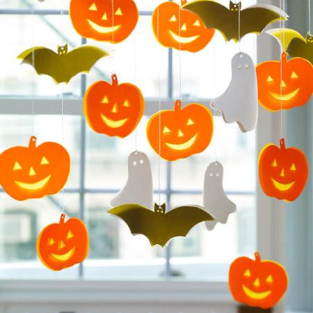 Halloween Window Decorating Ideas 2015