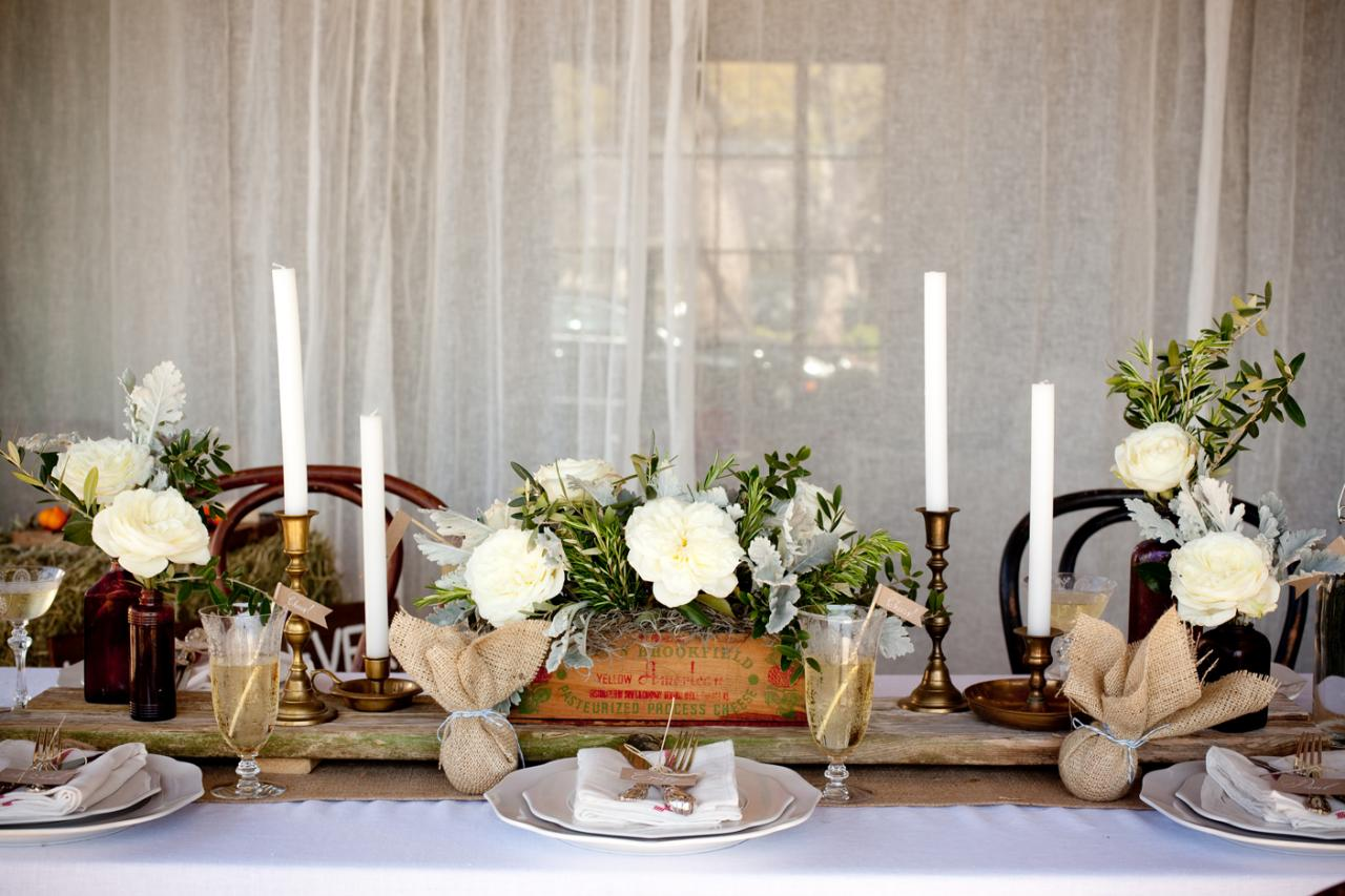 Diy vintage wedding ideas for summer and spring for Small table setting ideas