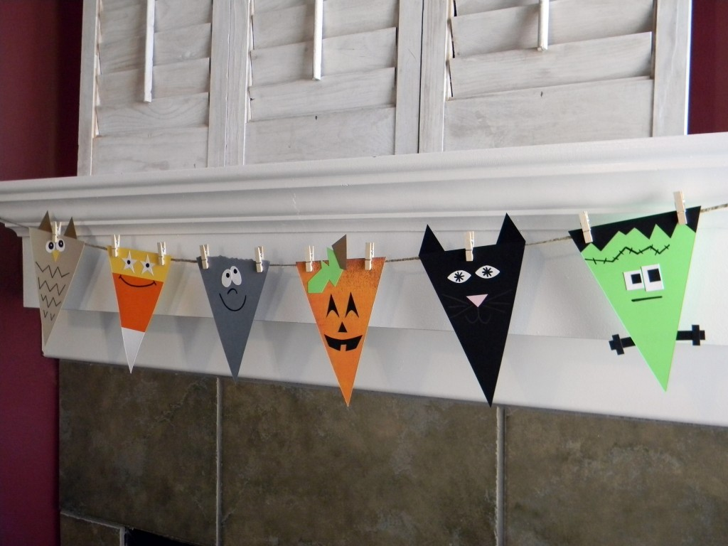 Scary DIY Halloween Garland Ideas