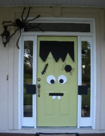 Spooky Halloween Door Decorations 2015