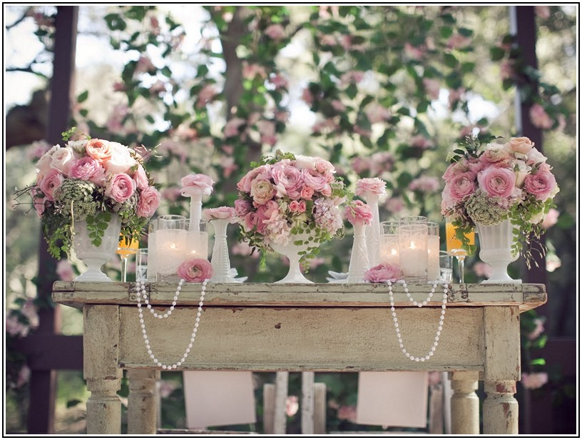 Easy DIY vintage wedding ideas for making rustic wedding gateways