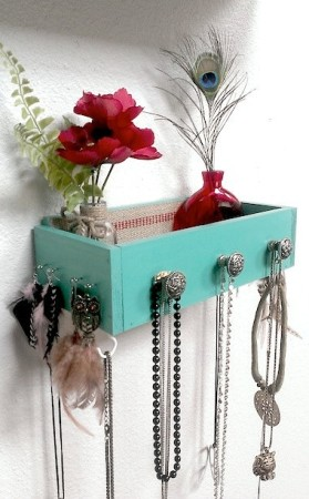 DIY Jewelry Organizer from drawers