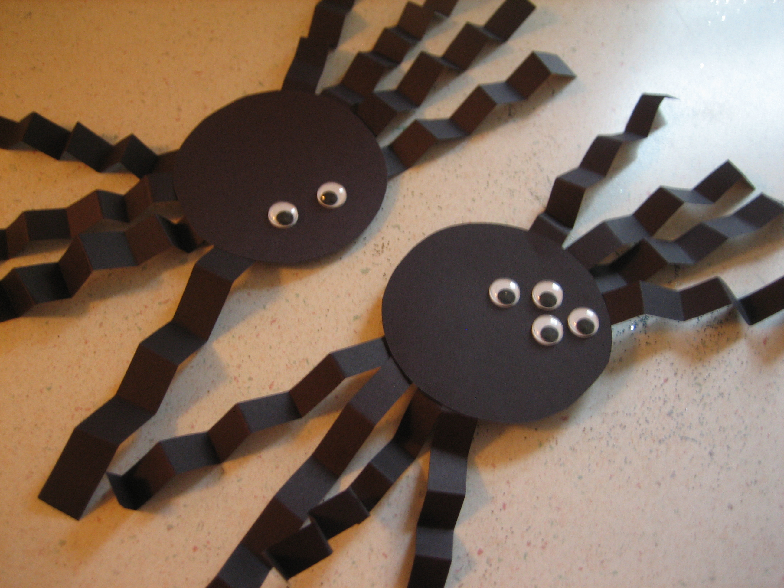 diy recycled halloween decorations - Paper Halloween Decorations