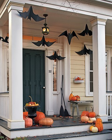 Easy Halloween Decorations and Crafts to Save Money