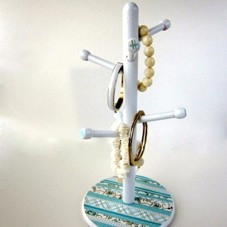Jewelry organizer ideas from old things