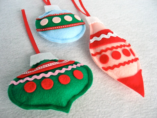 DIY Holiday crafts and ornaments