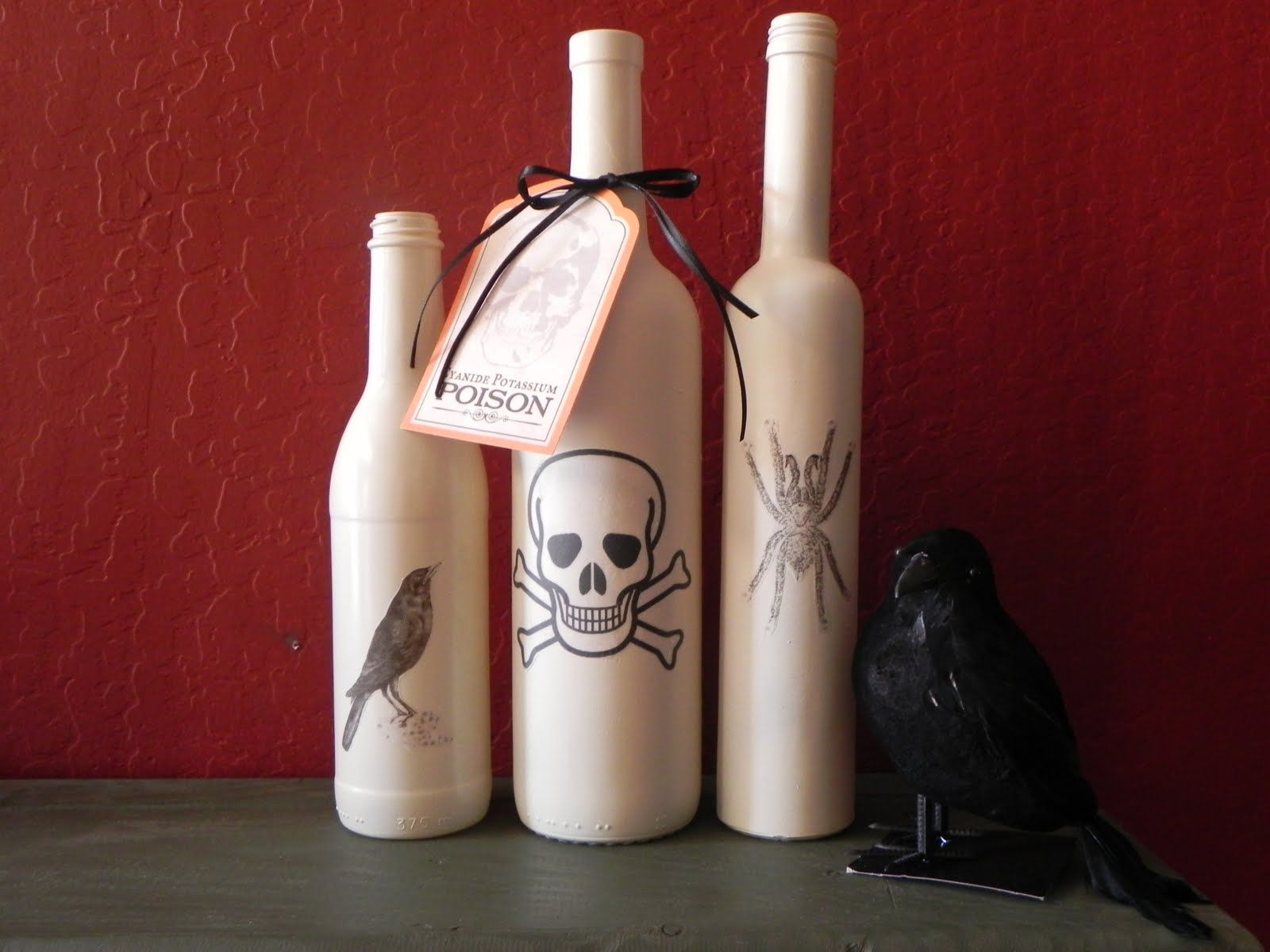 Easy halloween decorations diy ideas and tutorials 2016 - How to decorate old bottles ...
